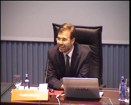 Fredrik Löwhagen, avogado asociado Linklaters.